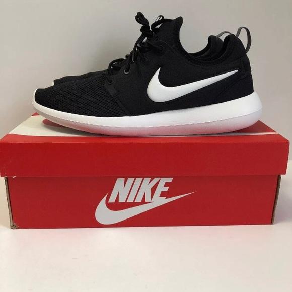 online retailer f3760 b5172 Nike Men roshe two Black NWT